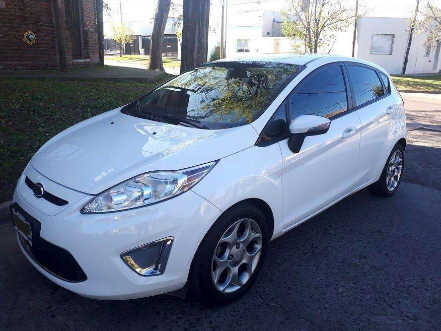 Ford Fiesta Kinetic 2013 - 102300 km