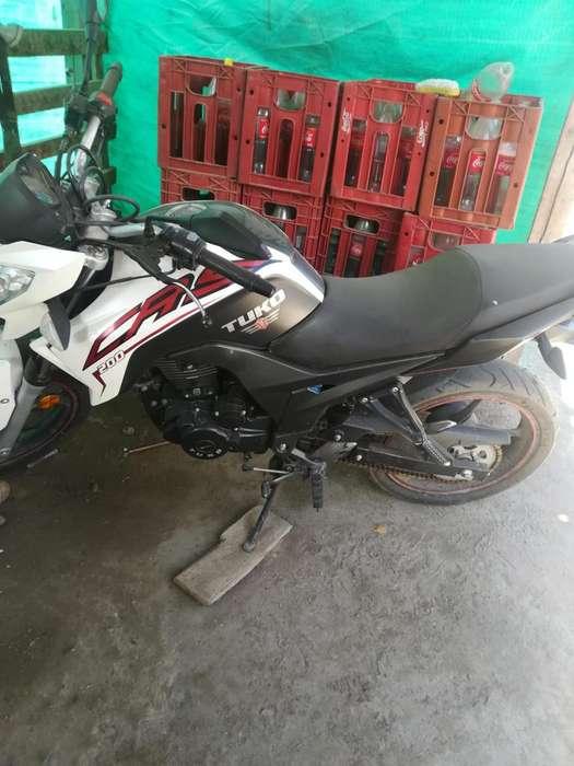 Vendo moto <strong>usada</strong>