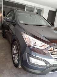 Se vende camioneta cerrada marca Hyundai - San Fe Full