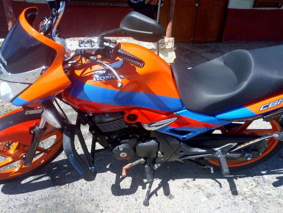 VENDO HONDA CBF150,