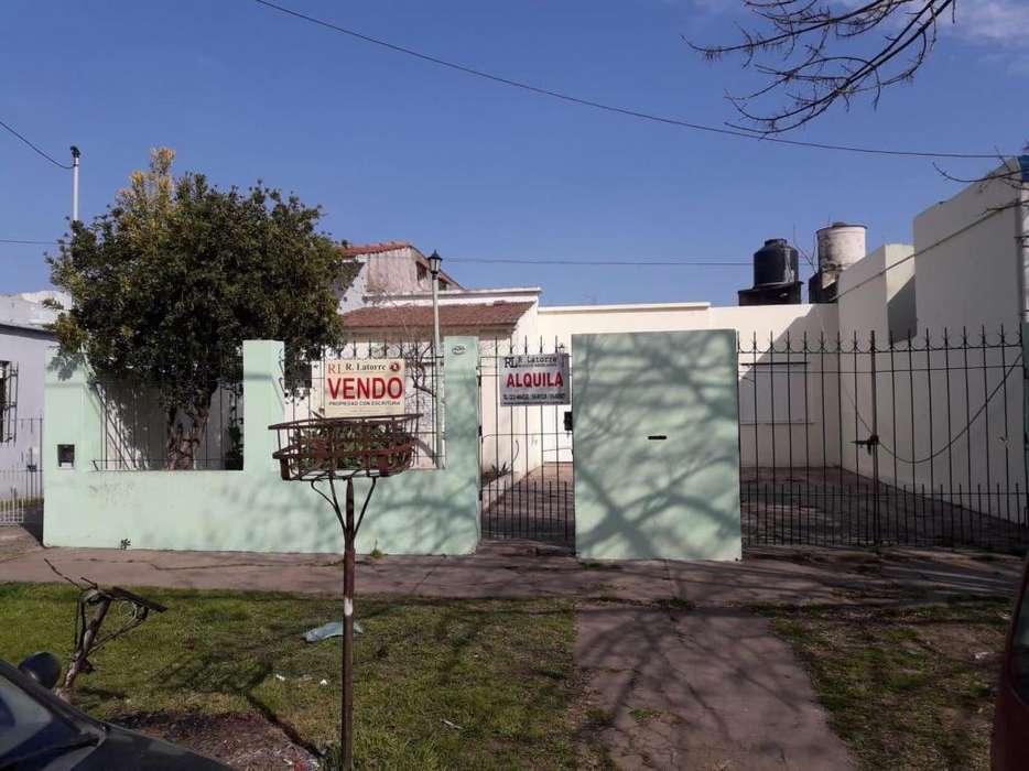 LATORRE PROP. ALQUILA <strong>casa</strong> DE 8 AMB CON ENTRADA DE AUTO - IDEAL USO COMERCIAL -