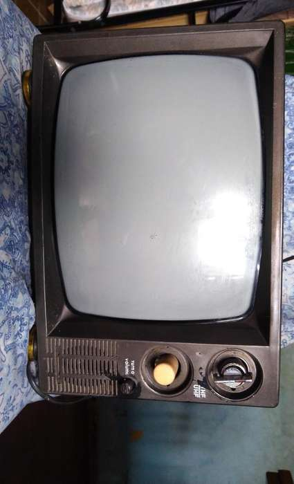 Vendo <strong>televisor</strong> Antiguo