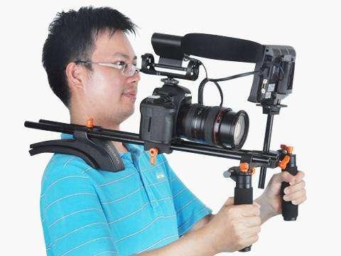 Estabilizador/ hombrera de video cámara SEVENOAK SK-R02
