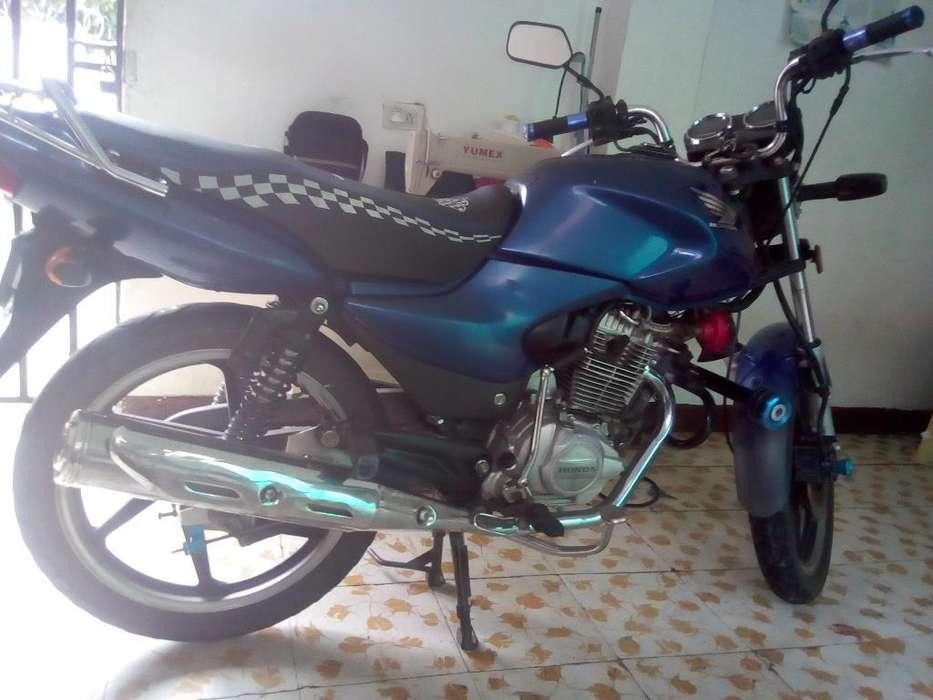Se Vendo Moto( Honda Stor 125)