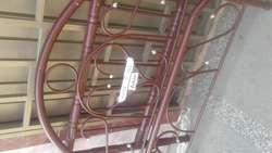 Cama metalica con tablas