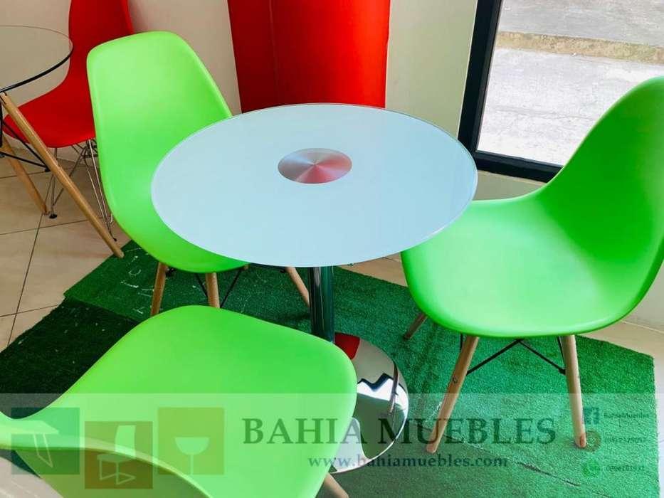 Juego mesa hidráulica vidrio sillas eames