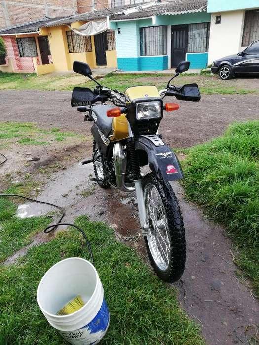 Moto Dt