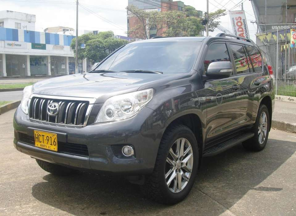 Toyota Land Cruiser Prado 2013 - 101000 km
