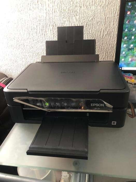 Epson xp211 wifi sistema tinta continua- Excelente Estado