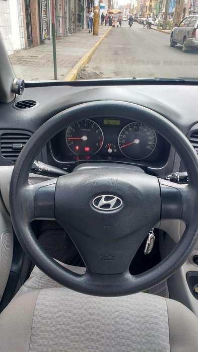 Hyundai Accent 2008 - 81782 km