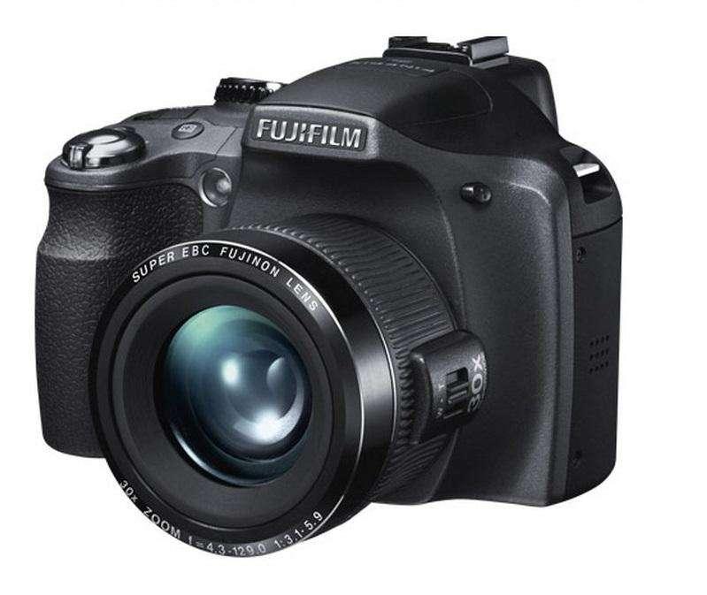 Cámara Semiprofesional Fujifilm Finepix SL260