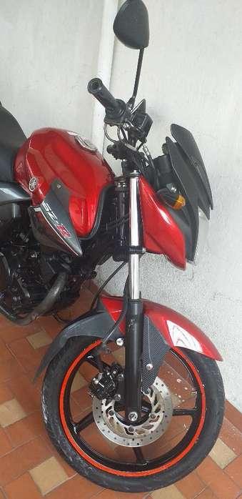 Se Vende Moto Yamaha Szr 160