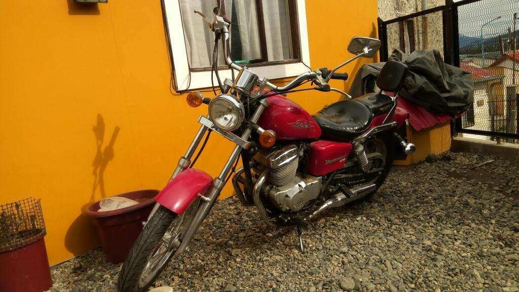 Vendo Moto Motomel 250
