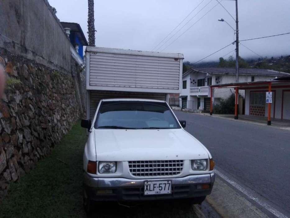 Furgón Luv Modelo 1995