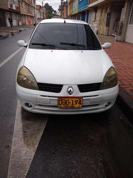 Renault Clio  2004 - 12700 km