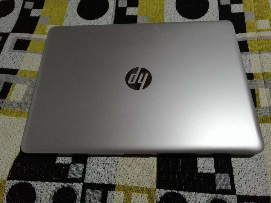 Vendo <strong>laptop</strong> Hp Core I3, Ram 8gb