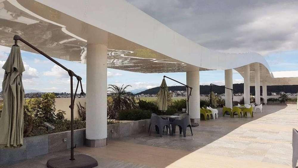 Se arrienda Oficina 89 m² con mobiliario y divisiones Edif. Metropolitan Piso Alto, Espectaculares Áreas Comunales