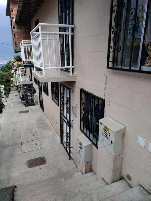 Casa en venta Robledo Villa Campiña Medellin - wasi_1427085