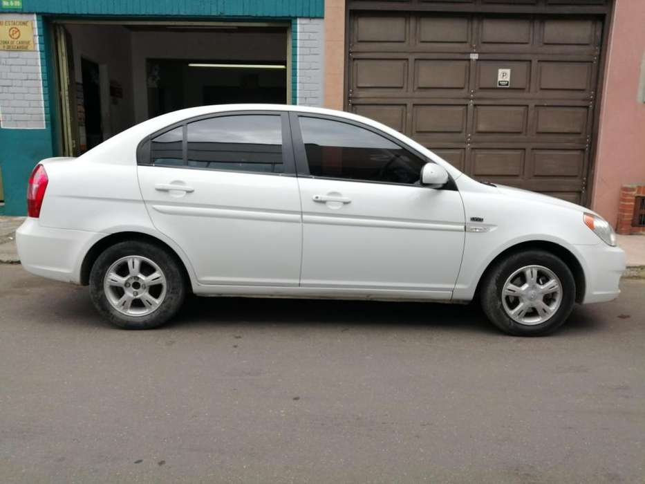 Hyundai Accent 2011 - 93500 km