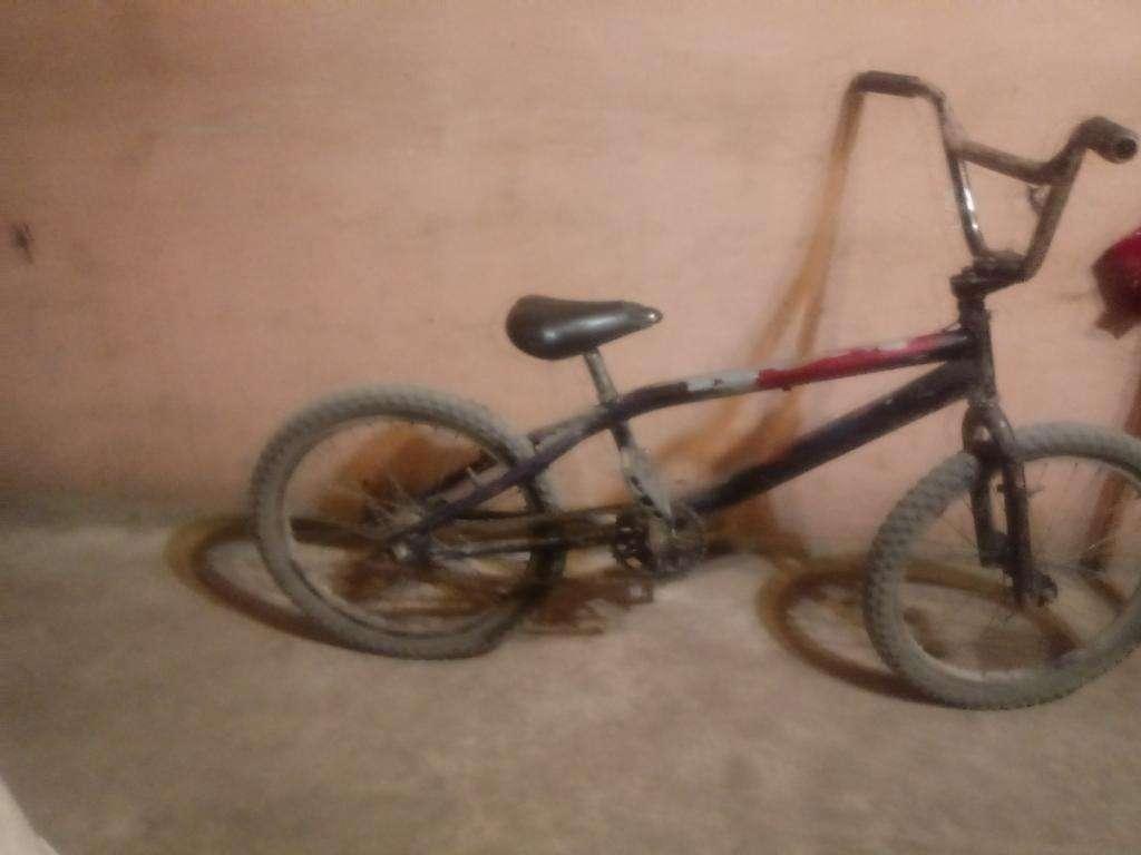 Vendo Bici Cromada de Todos Corosles