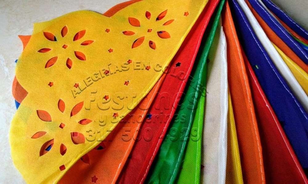 Festones Mexicanos, Banderines Alegrías en Colores.