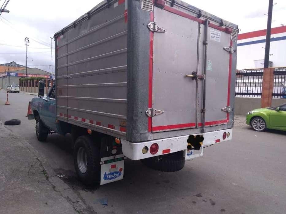 Venta Camion Dodge 300