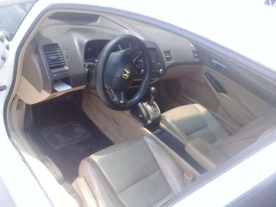 Honda Civic 2006 - 165000 km