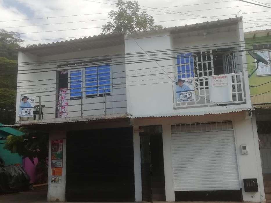 Vendo Casa Bn Ubicada 2 <strong>local</strong>es