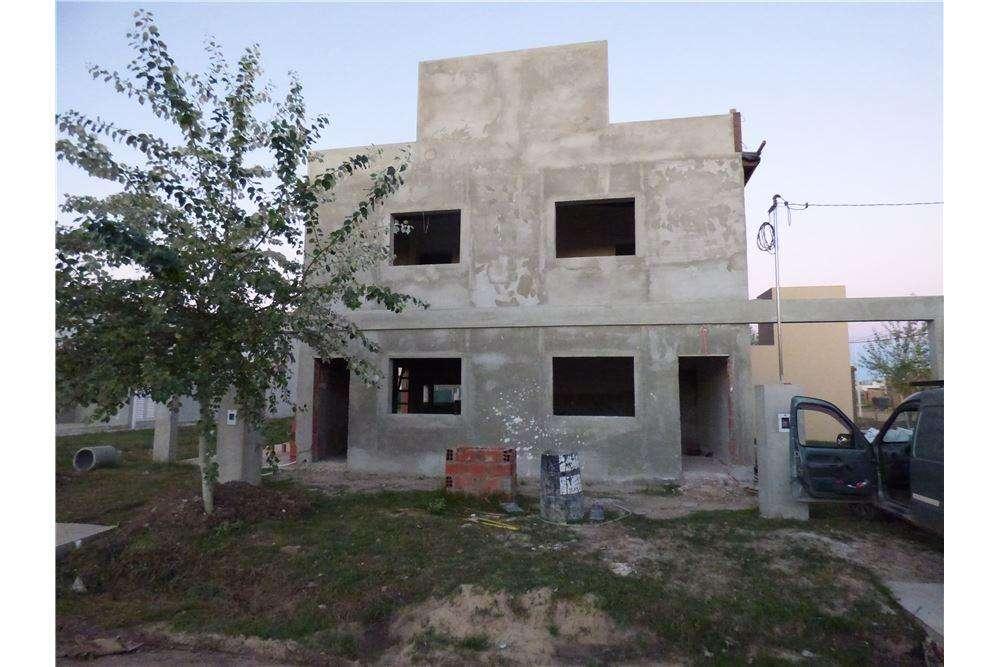 Casa 2 Dormitorios Roldan (ideal Inversores)