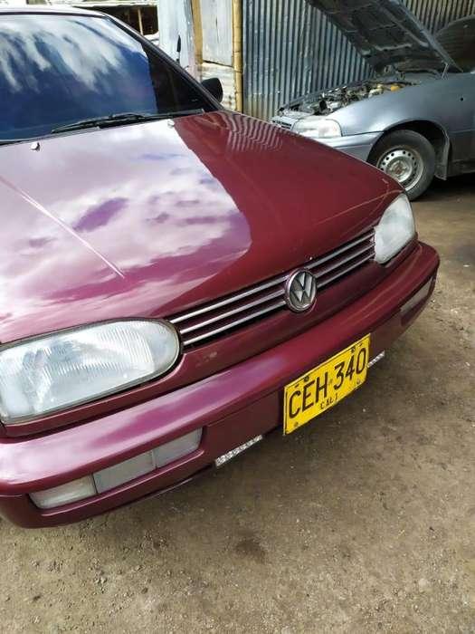 Volkswagen Golf 1996 - 222000 km