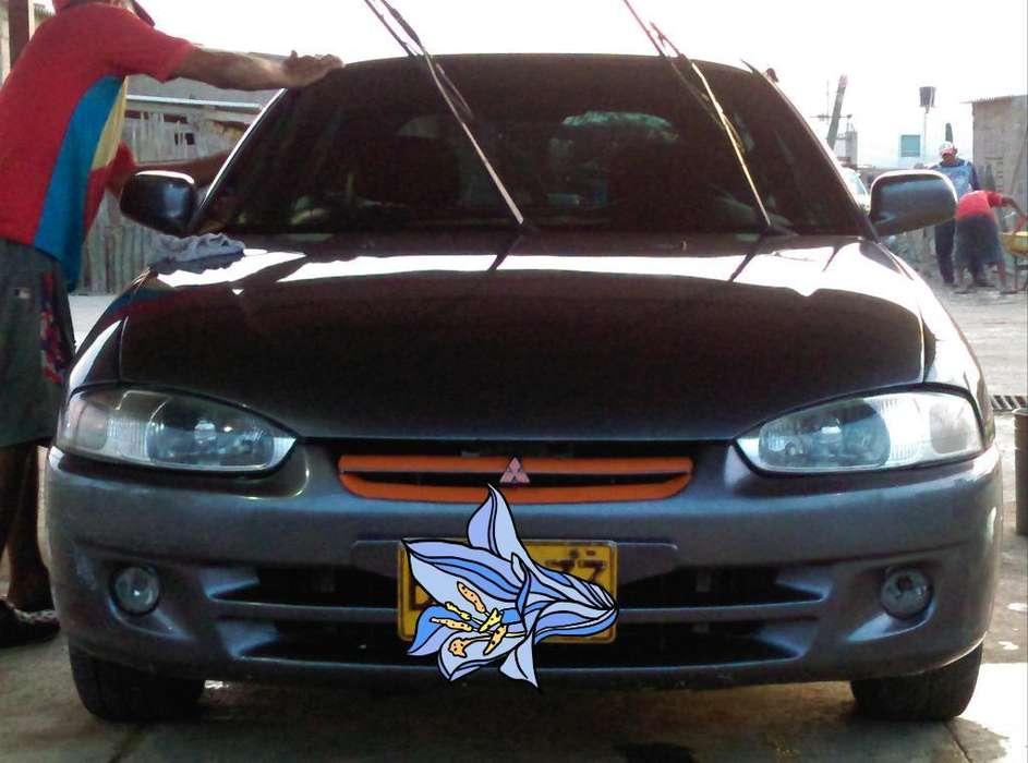 Mitsubishi Colt 1998 - 300000 km