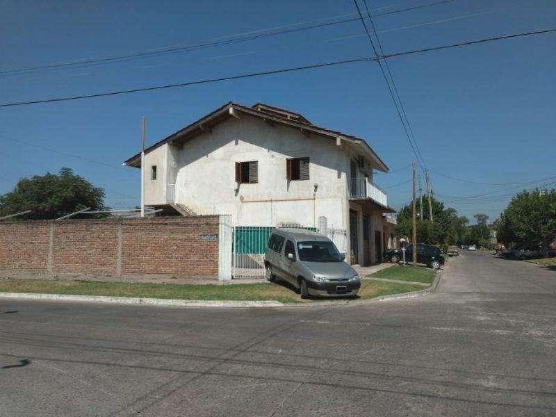 Departamento en Alquiler en Ezpeleta, Quilmes 9000