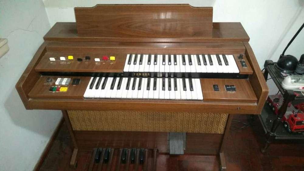 Organo Yamaha 45