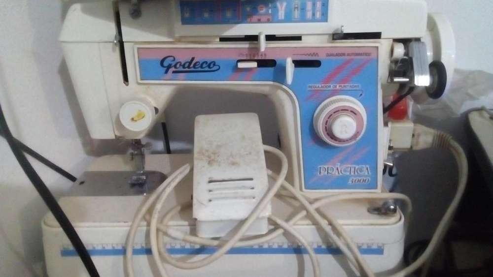 Mquina de coser Godeco prctica 3000