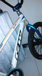 Bicicleta Elite