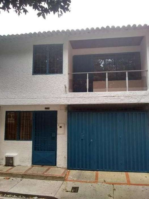 Arriendo Casa FLORIDABLANCA Bucaramanga Inmobiliaria Alejandro Dominguez Parra S.A.