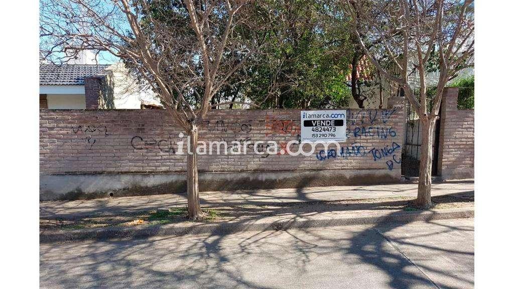 Javier Lopez  2100 - UD 95.000 - Terreno en Venta
