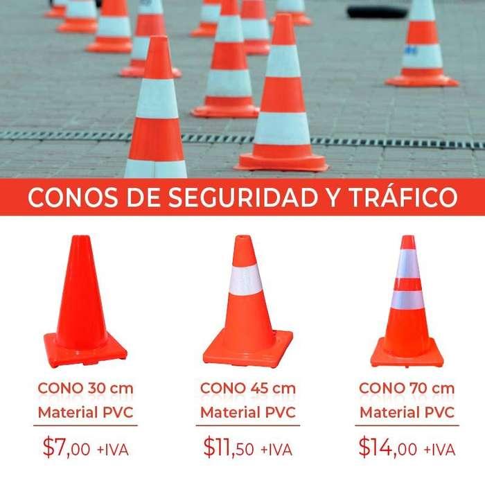 CONOS DE SEGURIDAD. CONOS DE TRAFICO. AUTOS. SEGURIDAD VIAL. OFICIALES DE TRANSITO