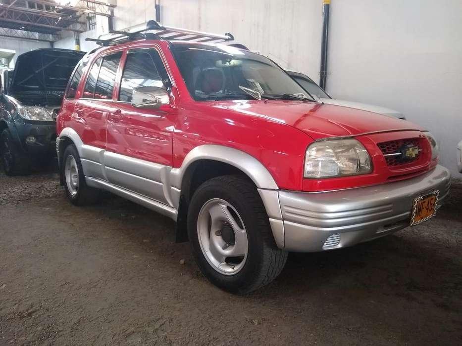 Chevrolet Grand Vitara 2002 - 100 km