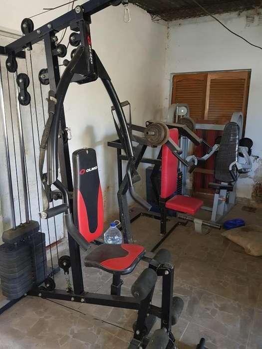 Maquinas de Gym Hombros Y Multigym
