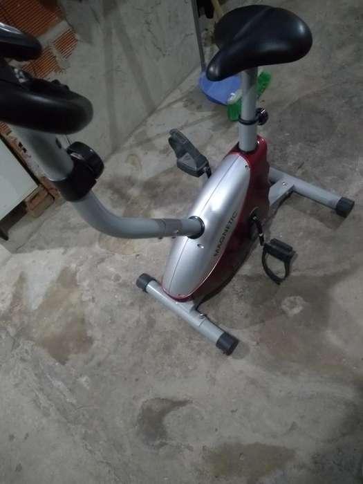 Bicicleta Fija Digital