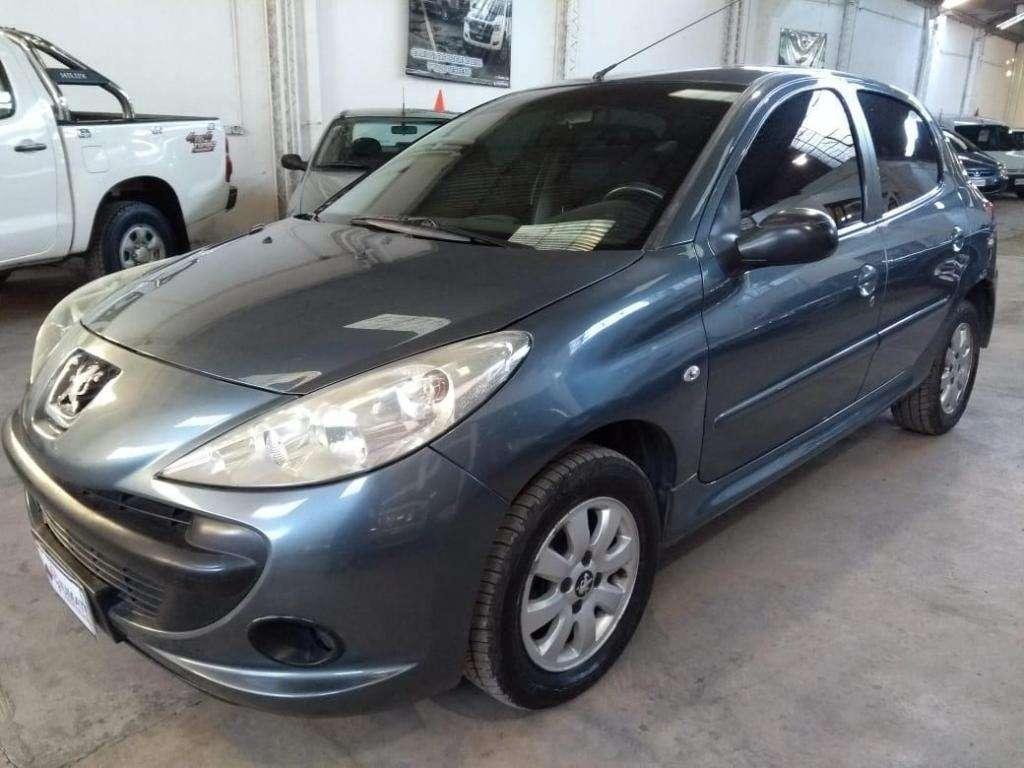 Peugeot 207 Compact 1.9 XS. Año 2009. Muy buen estado!