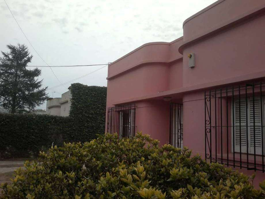 Casa en venta en Jauregui