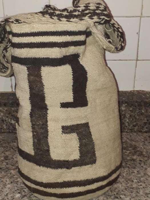 Vendo Mochila Arhuaca Grande