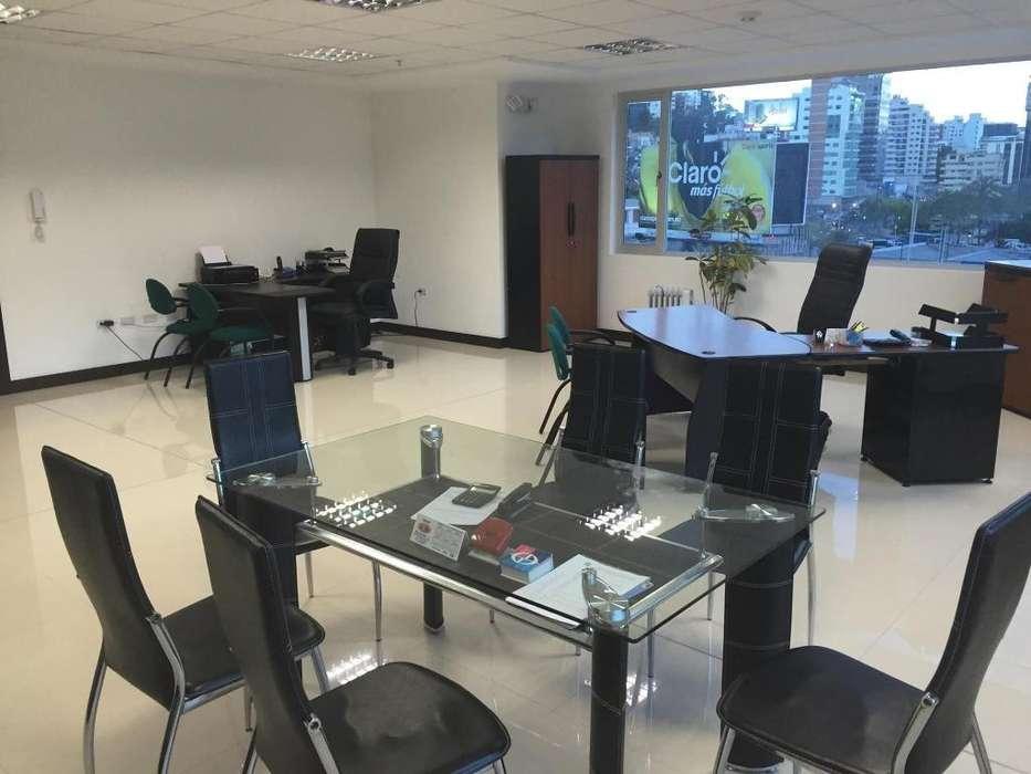 Venta Oficina Sector La Carolina / Bellavista / Pradera, centro norte de quito