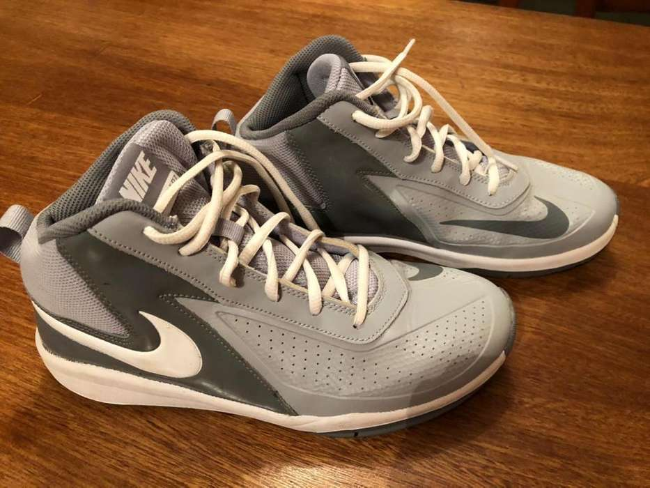 ZAPATILLAS DE BASQUET NIKE IMPECABLES