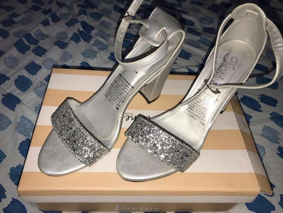 Zapatillas plateadas talla 37