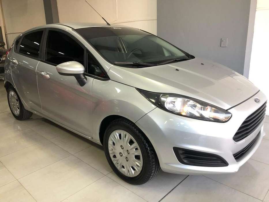 Ford Fiesta Kinetic 2015 - 71000 km