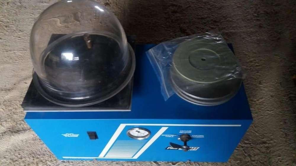 Maquina de fundición al vacío Grobet