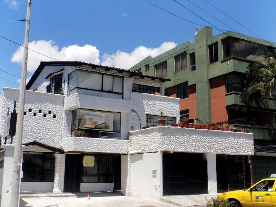 En Renta 250 metros cuadrados de Local Comercial Sector Canal cuatro, Jose Villalengua y Av America